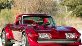 Red corvette.jpg